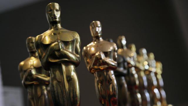 Oscar statues — Academy Awards