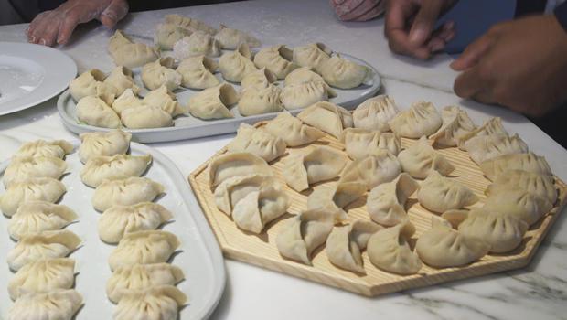 making-dumplings-620.jpg