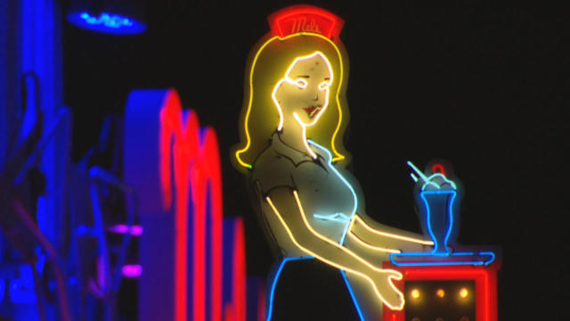 neon-mels-diner-promo.jpg