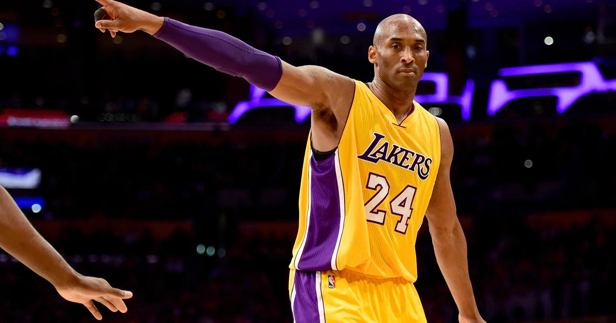 Kobe Bryant dies in helicopter crash thumbnail