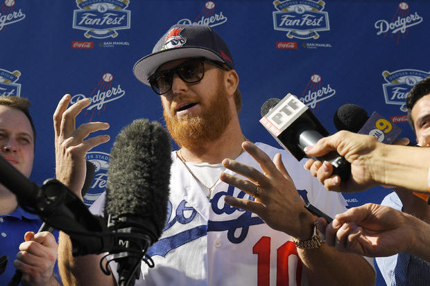 Dodgers Sign Stealing Baseball