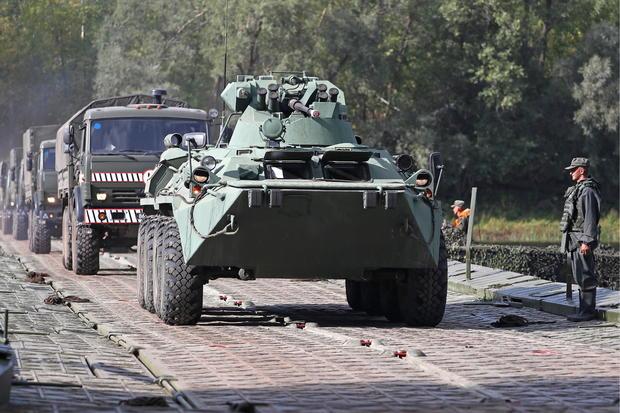 Bridge traffic recovery military exercise in Samara Region, Russia