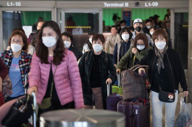 Coronavirus: do masks help prevent the spread?