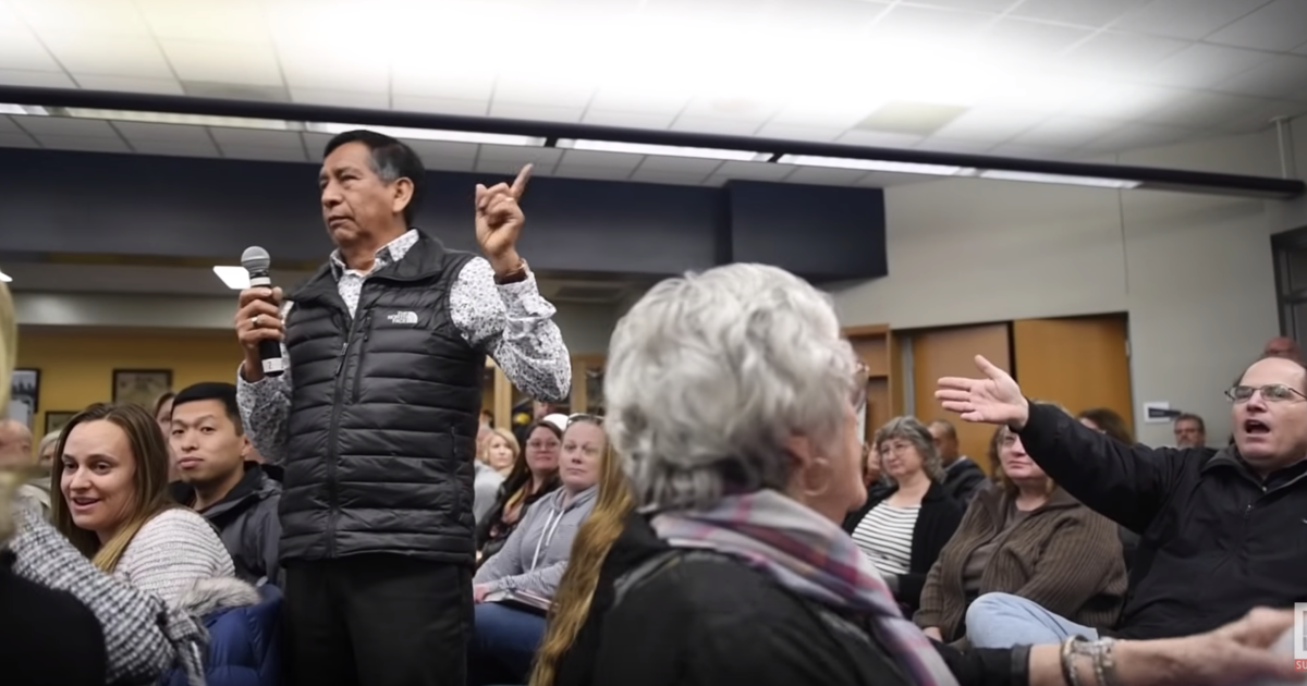 """Father interrupted at meeting about racism in schools: """"Why didn't you stay in Mexico?"""""""