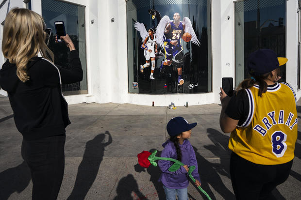Kobe Bryant Fans Pay Respect in Los Angeles, US