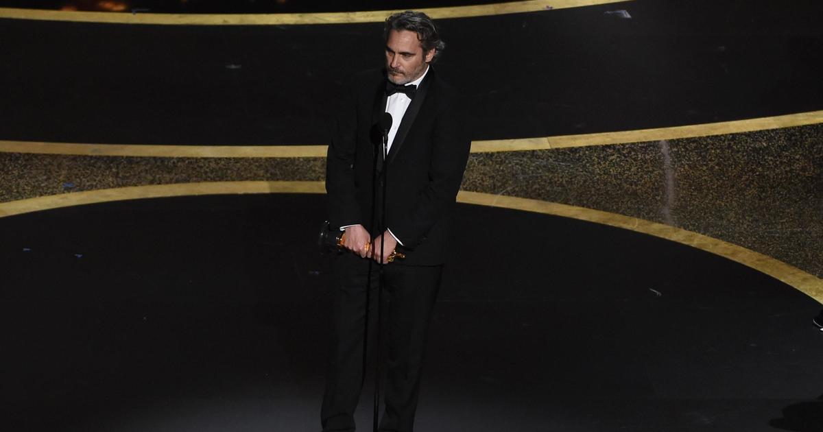 Why do awards make Joaquin Phoenix uncomfortable? thumbnail