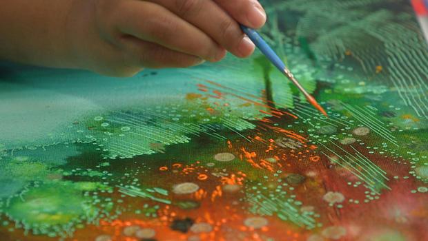 priya-rama-painting-a-migraine-620.jpg