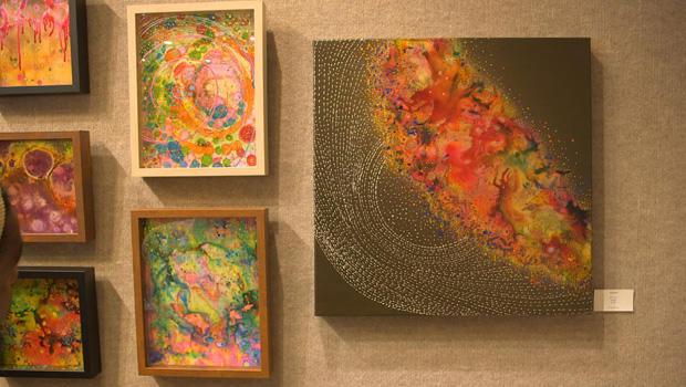 priya-rama-paintings-inspired-by-her-migraine-620.jpg