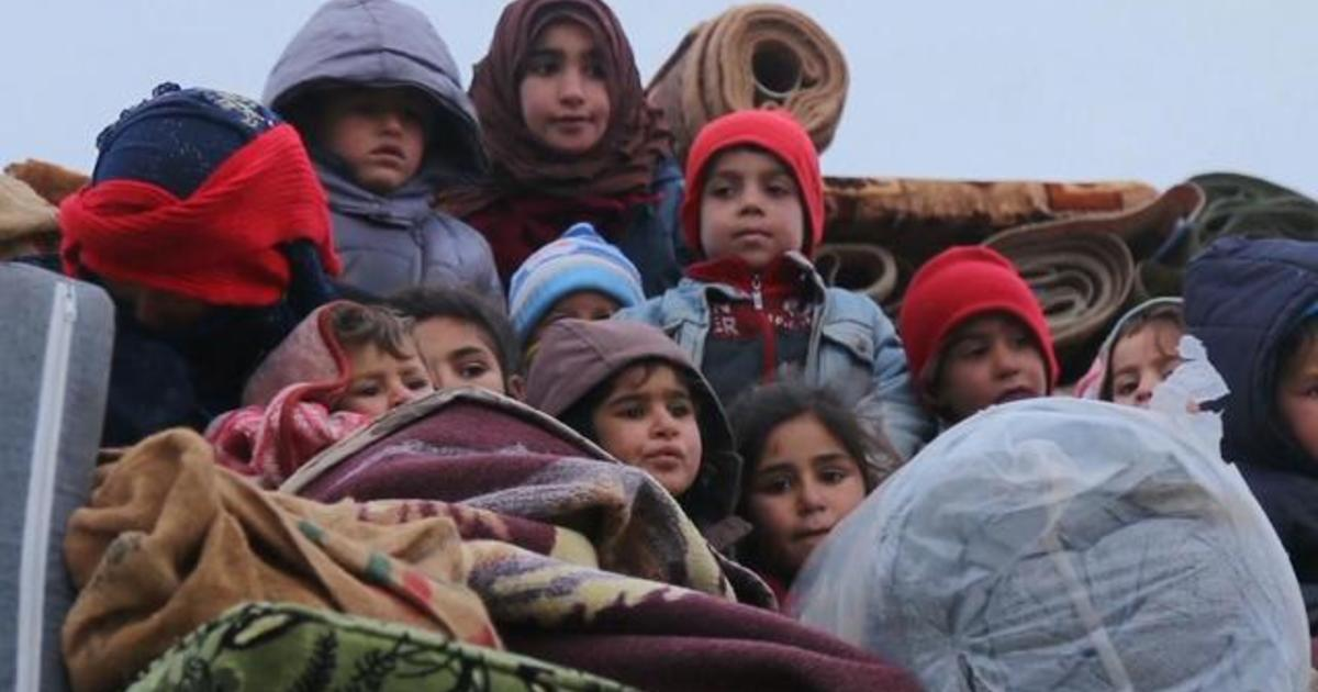 Hundreds of thousands displaced in Syria's raging war