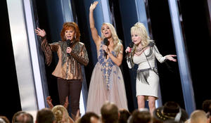 Fans want to hear more female artists on country radio