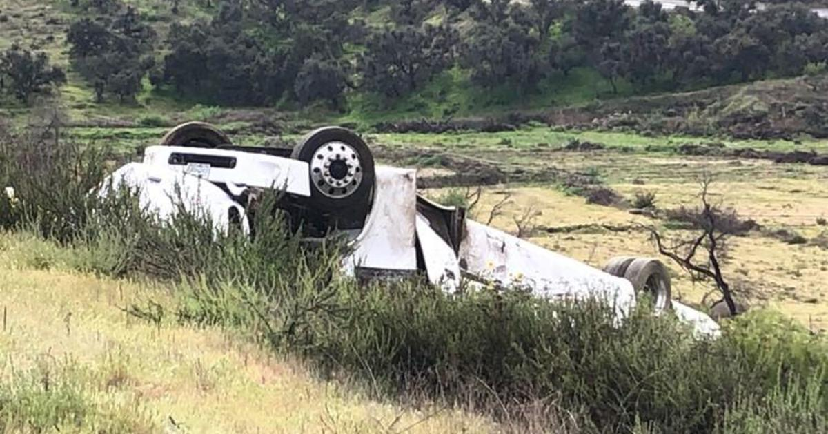 3 killed, 18 injured after bus rolls over in California