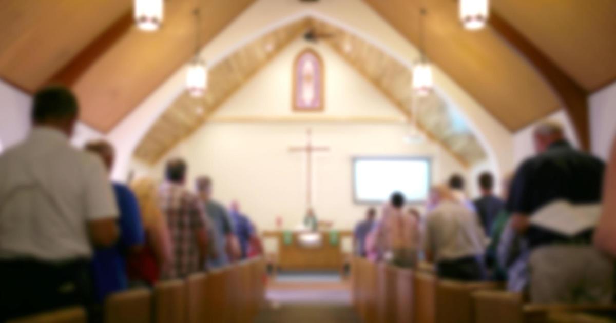 Pastor defies coronavirus ban as hundreds attend church thumbnail