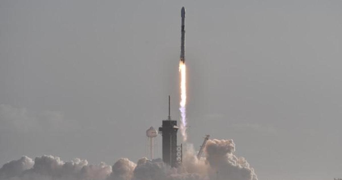 SpaceX launches another 60 Starlink satellites thumbnail