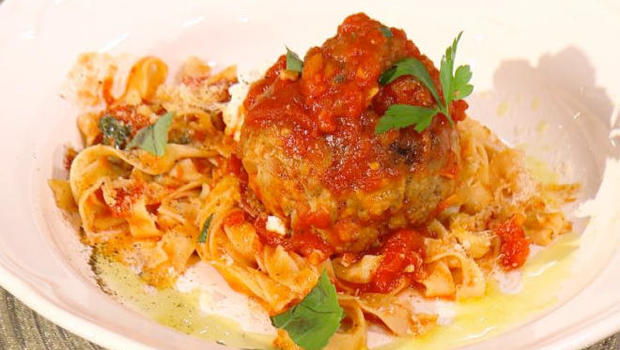 bobby-flay-spaghetti-and-meatballs-with-ricotta-food-network.jpg