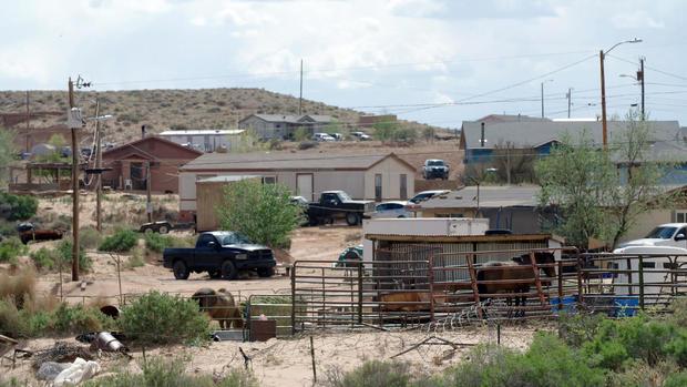 navajo-nation-houses.jpg