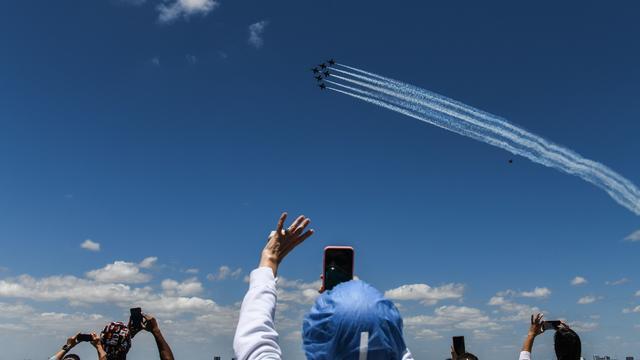 Miami — Navy Blue Angels — Air Force Thunderbirds