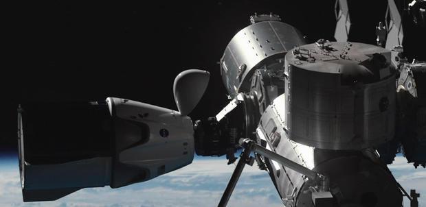 spacex-dragon-capsule-iss-simulation-620.jpg