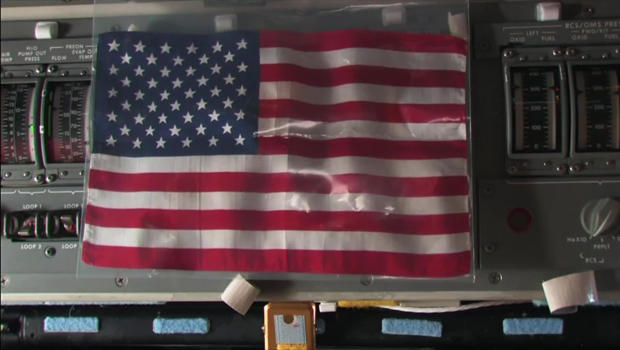 american-flag-brought-to-the-iss-620.jpg