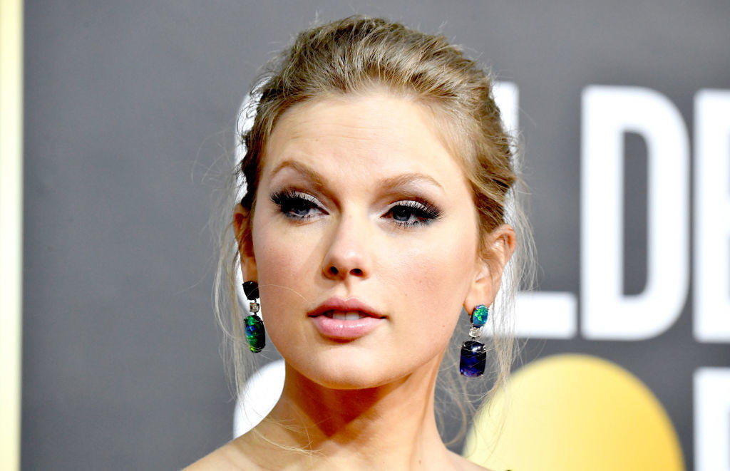 Taylor Swift says back catalog sold by Scooter Braun without her knowledge – CBS News