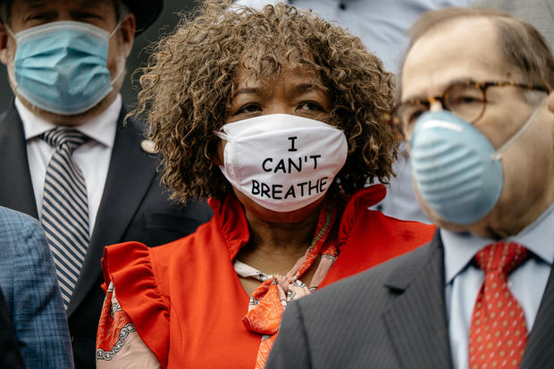 New York Lawmakers, Al Sharpton, And Mother Of Eric Garner Call For Ban On Police Chokehold