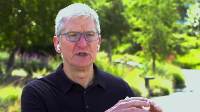 apple-ceo-tim-cook-1280.jpg