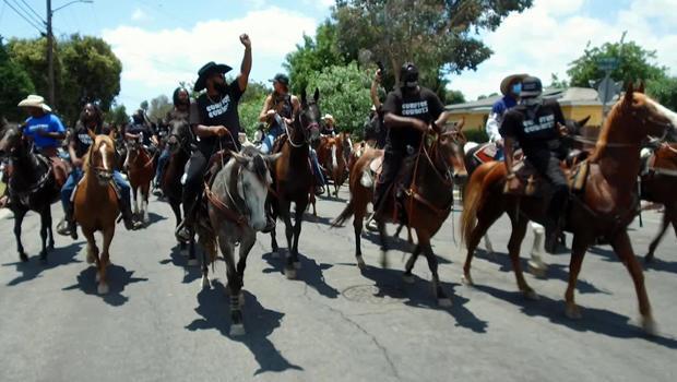 compton-cowboys-on-the-street-620.jpg