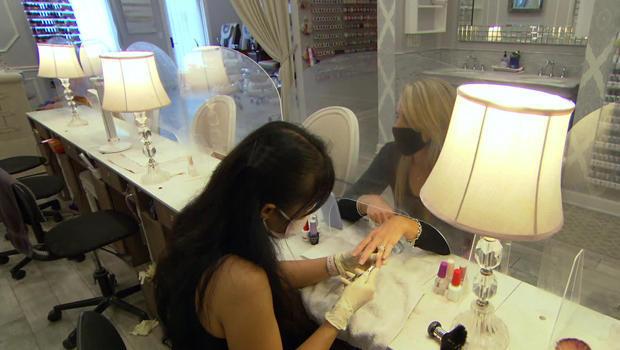 small-business-chateau-de-nails-plastic-620.jpg