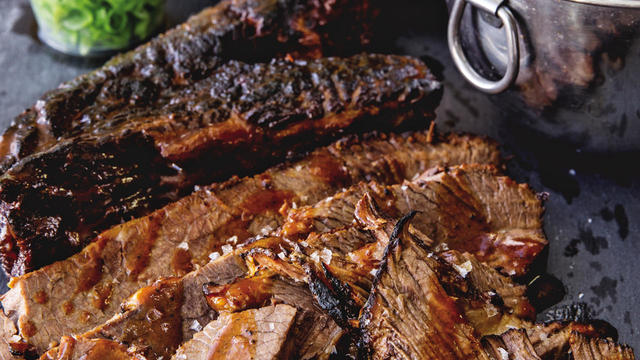 quick-bbq-brisket-photo-aubrie-pick-1280.jpg