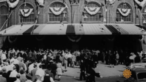 ebbets-field-brooklyn-1947-620.jpg