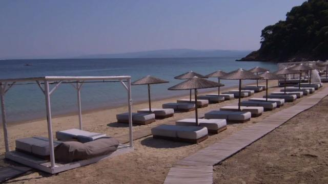 cbsn-fusion-travelers-from-low-infection-countries-welcomed-in-greece-after-it-successfully-fought-off-covid-19.jpg