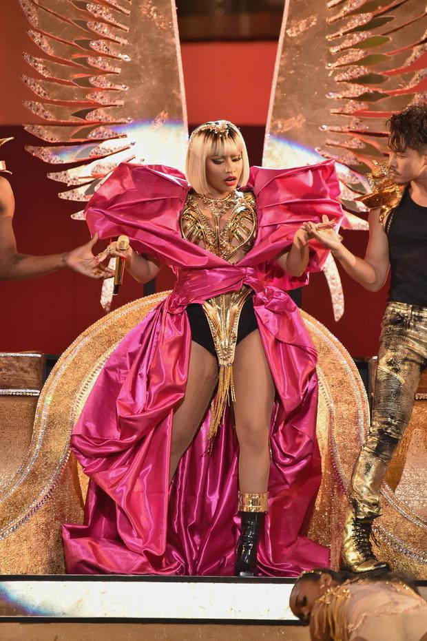 That's not a mirage, it's Nicki Minaj