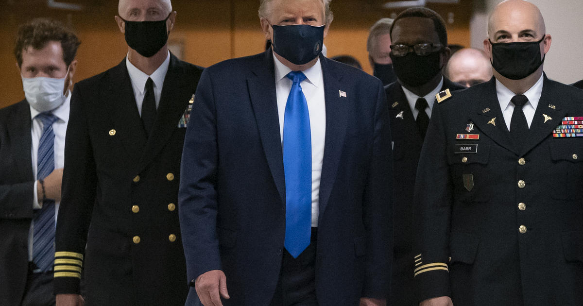 cbsnews.com - Trump seen wearing face mask in public for first time