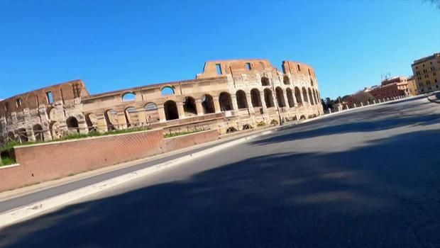 colosseum-rome-empty-streets-620.jpg