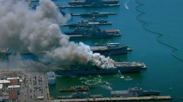uss-bonhomee-richard-fire.jpg