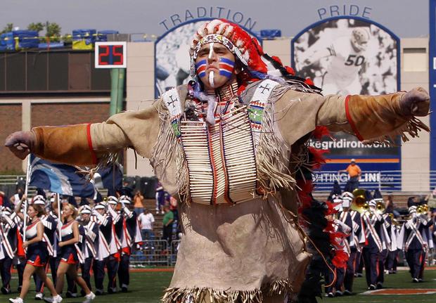 Chief Illiniwek Fighting Illini