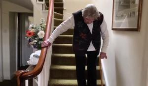 90-year-old Scottish woman climbs stairs for charity
