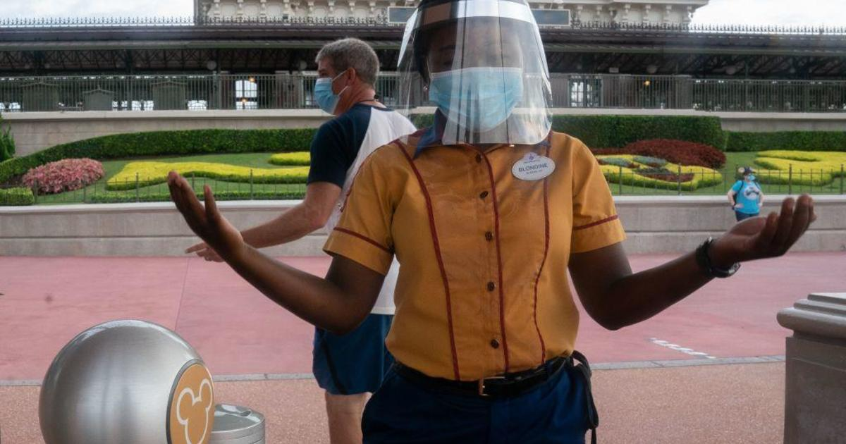 Disney theme parks requiring visitors to wear masks again