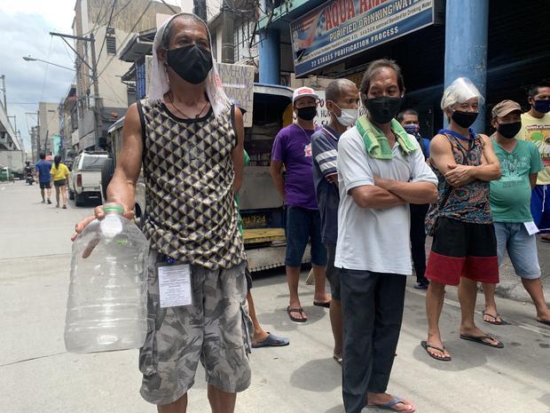 philippines-lockdown-jeepney-drivers-3.jpg