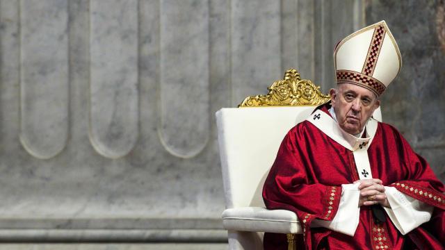 VATICAN-RELIGION-POPE-PALLIUM