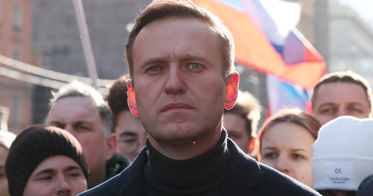 Russian Opposition Leader Alexei Navalny Is Out Of Coma And Responsive After Suspected Poisoning Cbs News