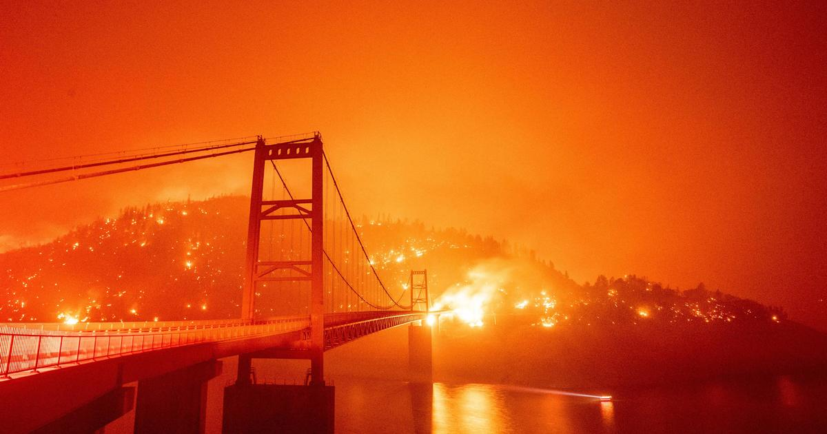 California insurers are dropping homeowners threatened by wildfires