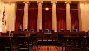 Supreme Court vacancy shakes up presidential election