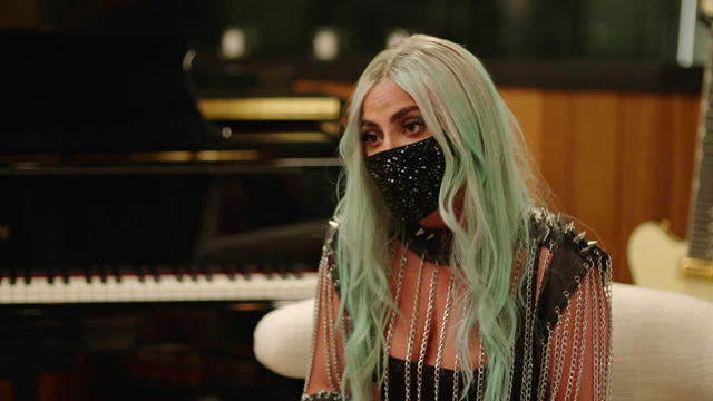 lady-gaga-masked-interview1920-550801-640x360.jpg