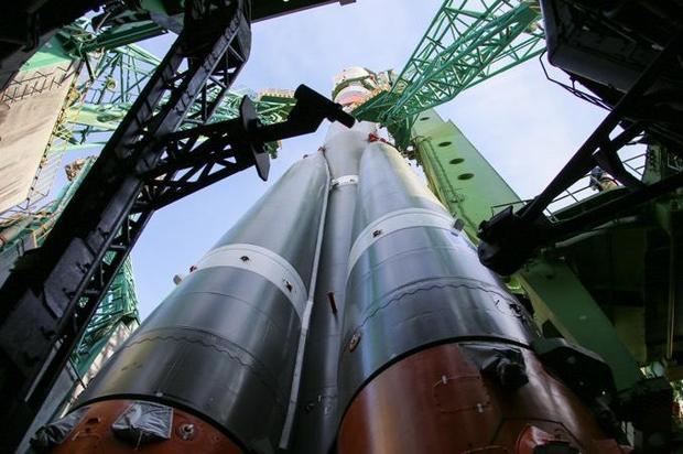 64-rocket1.jpg