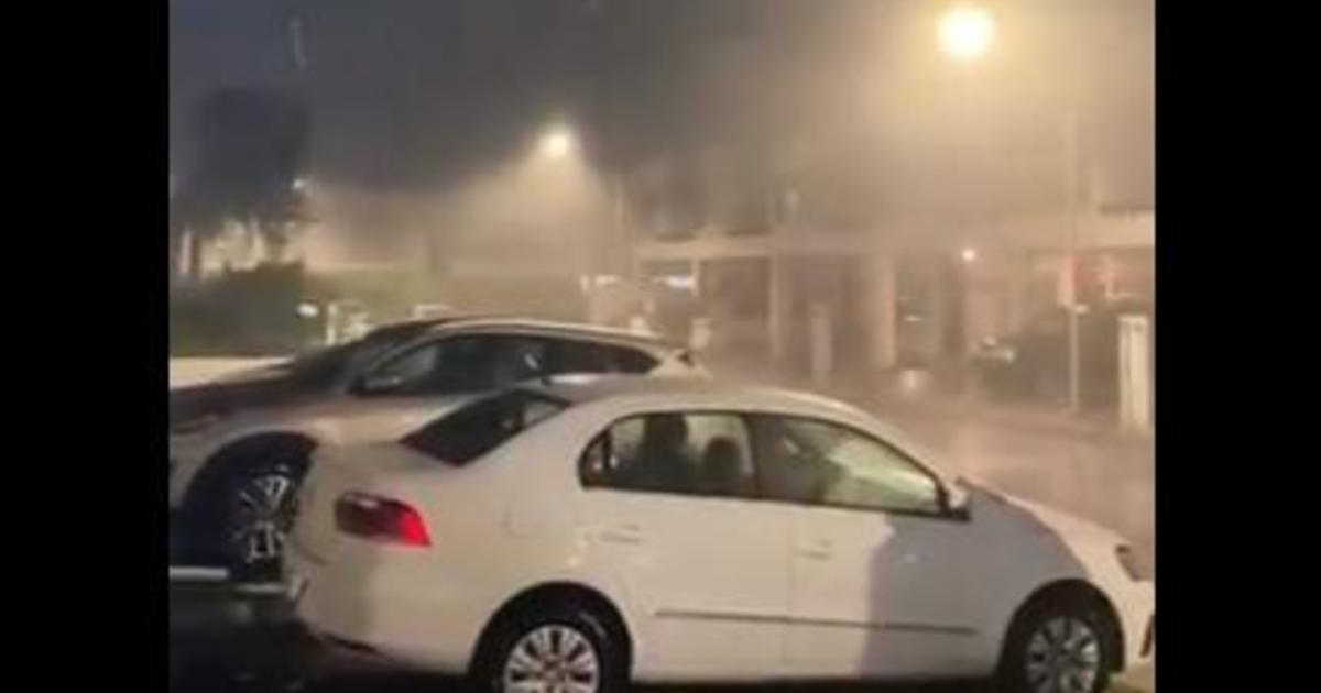 Tropical Storm Zeta lashing Mexico's Yucatan Peninsula before turning to U.S.