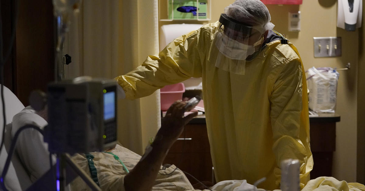 Hospitals near capacity as U.S. sees record COVID-19 cases and deaths