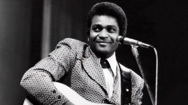Charley Pride, groundbreaking country music star, has died at age 86 - CBS  News