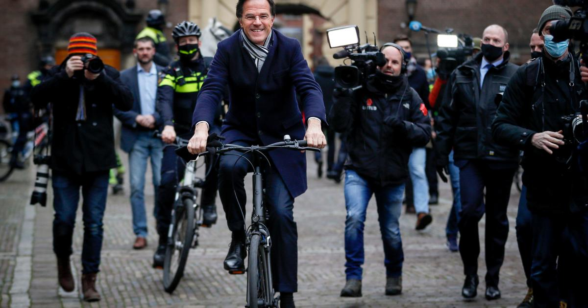 Dutch Prime Minister Mark Rutte and his entire Cabinet resign over child  welfare scandal - CBS News