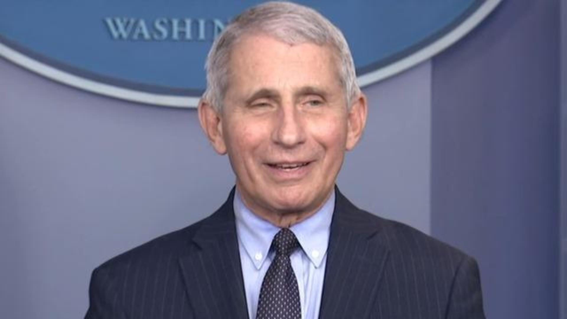 Dr. Anthony Fauci returns to White House press briefing to give update on  COVID-19 response - CBS News