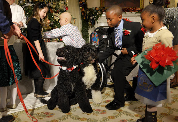 First Lady Michelle Obama welcomes military families to enjoy the White House holiday decorations in Washington, DC.